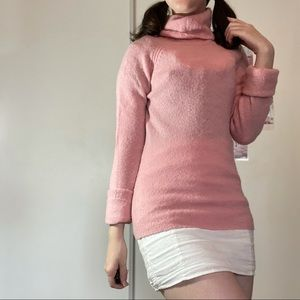 Pink wool turtle neck